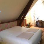 Chambre-marron-Chateau-Tournefeuille